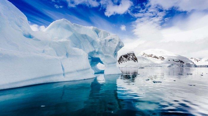 nws-st-antarctica-icebergs-2